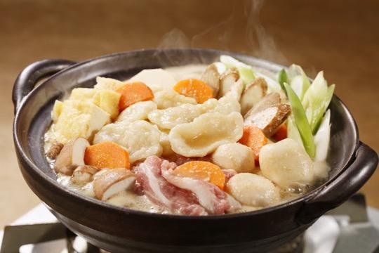 すいとん鍋(とり野菜みそ)