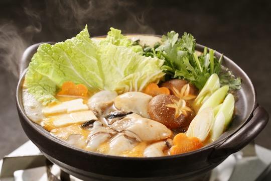 牡蠣鍋(ピリ辛とり野菜みそ)
