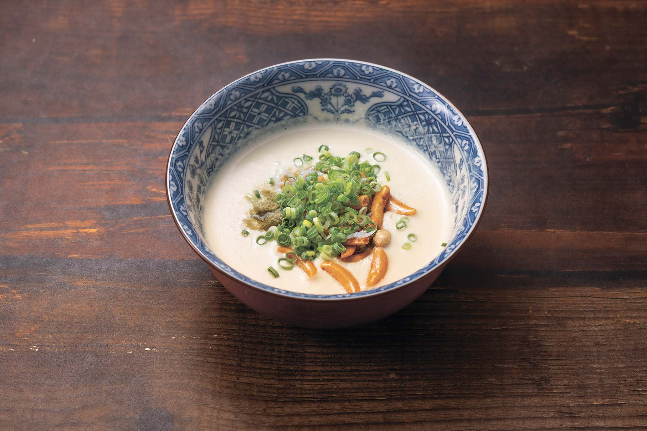 五感を刺激するごまとり野菜みそのふわふわ豆乳スープ